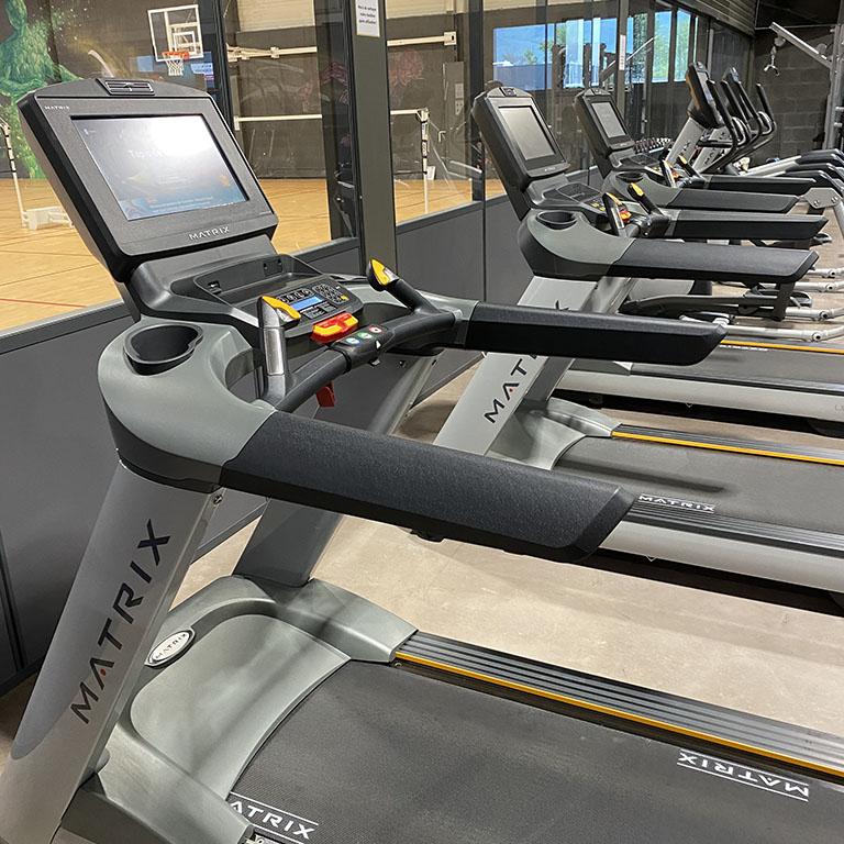 Salle de cardio-training au Versoud